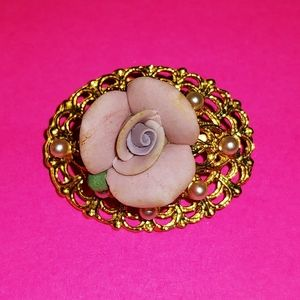 Jewelry - Rose Brooch Pin